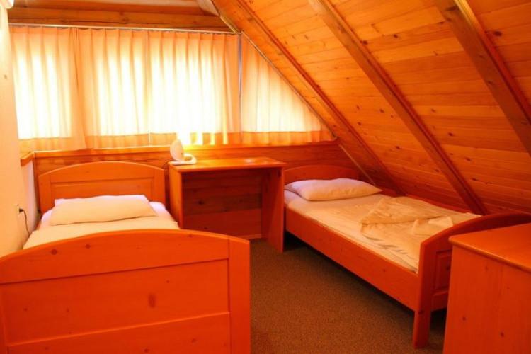 AP1spalnica-bedroom.jpg